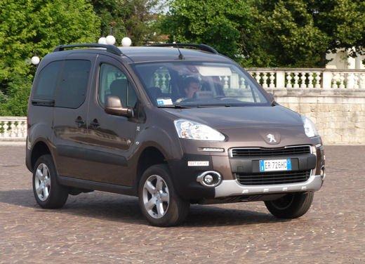 Peugeot Partner Tepee Dangel 4×4 test drive - Foto 3 di 39