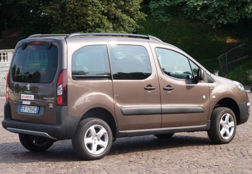 Peugeot Partner Tepee Dangel 4×4 test drive - Foto 4 di 39