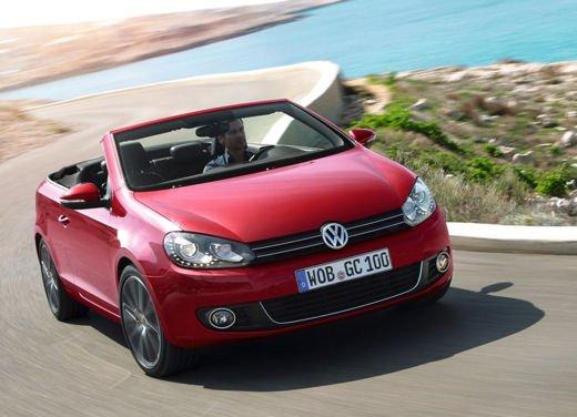 Volkswagen Golf Cabriolet in promozione al prezzo di 22.350 euro