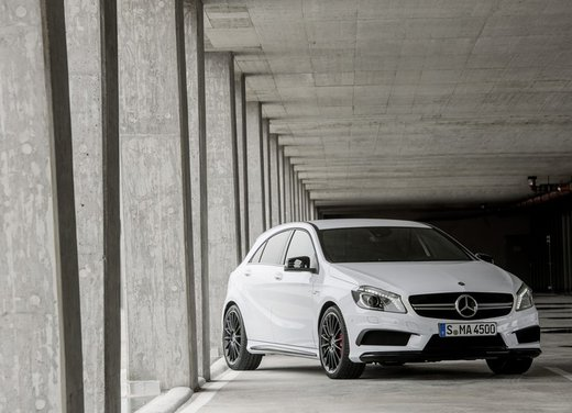 Mercedes Classe A 45 AMG e CLA 45 AMG successo di vendite - Foto 5 di 9