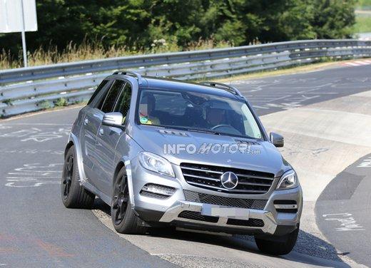 Mercedes MLC, foto spia della lussuosa crossover sportiva