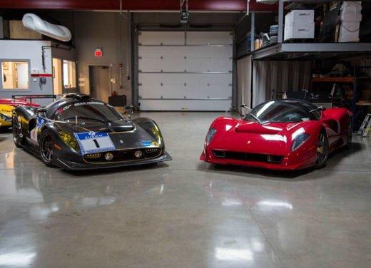 Ferrari P4/5 by Pininfarina e Ferrari P4/5 Competizione si incontrano per la prima volta - Foto 9 di 15