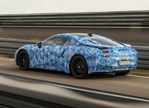 BMW i8, info tecniche e dati della ibrida sportiva - Foto 14 di 14