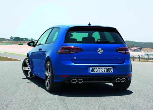 Volkswagen Golf R porta i suoi 300 CV al Salone di Francoforte - Foto 2 di 4