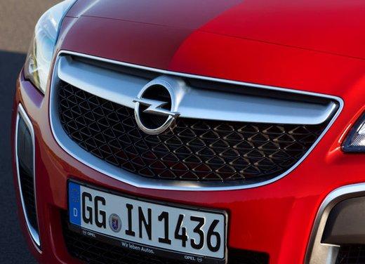 Opel Insignia Sports Tourer - Foto 1 di 6