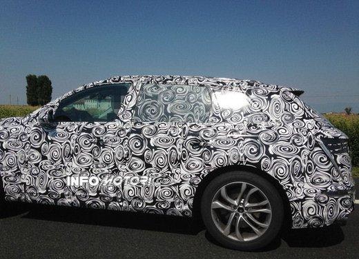 Audi Q7 foto spia - Foto 5 di 6