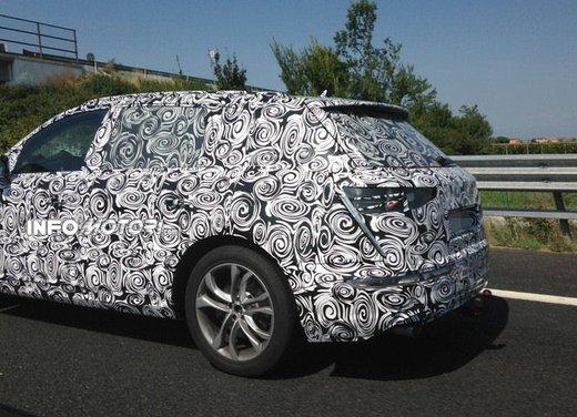 Audi Q7 foto spia - Foto 6 di 6