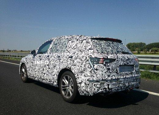 Audi Q7 foto spia - Foto 1 di 6