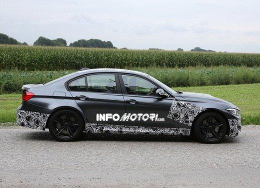 BMW M3 berlina nuove foto spia e dettagli - Foto 5 di 7