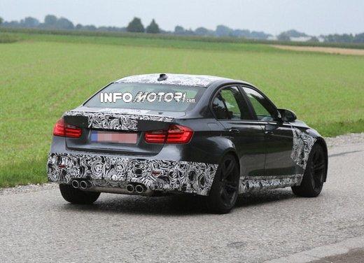 BMW M3 berlina nuove foto spia e dettagli - Foto 7 di 7