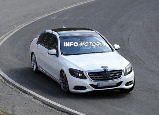 Mercedes Classe S XL foto spia - Foto 15 di 16