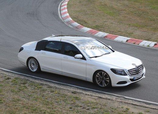 Mercedes Classe S XL foto spia - Foto 16 di 16