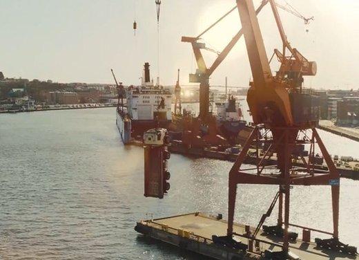 """""""The Hook"""" il nuovo video di Volvo Trucks"""
