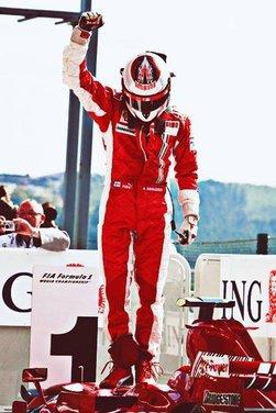 Raikkonen torna in Ferrari con contratto biennale, è ufficiale - Foto 1 di 11