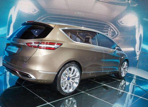 Ford S-Max Concept - Foto 4 di 17