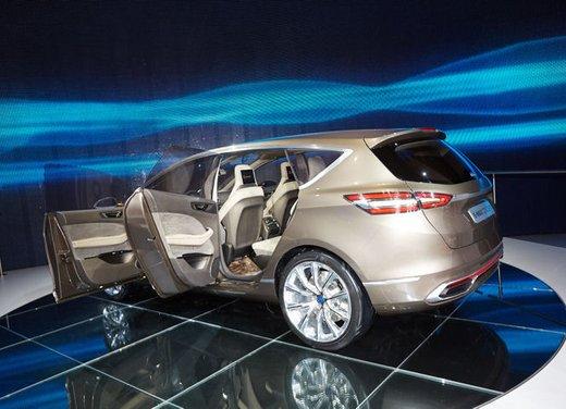 Ford S-Max Concept - Foto 9 di 17