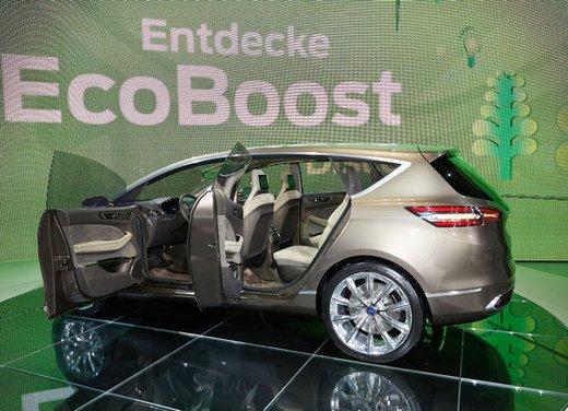 Ford S-Max Concept - Foto 16 di 17