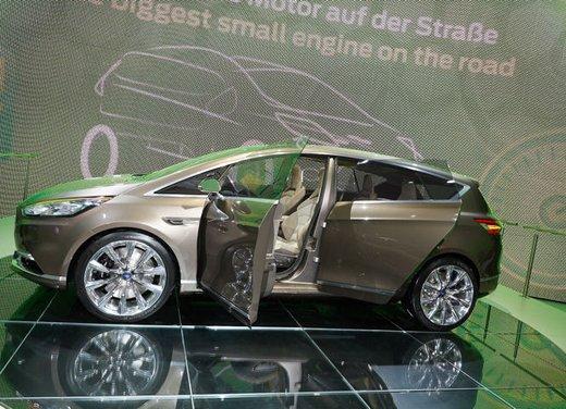 Ford S-Max Concept - Foto 17 di 17