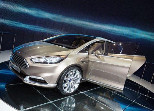 Ford S-Max Concept - Foto 5 di 17