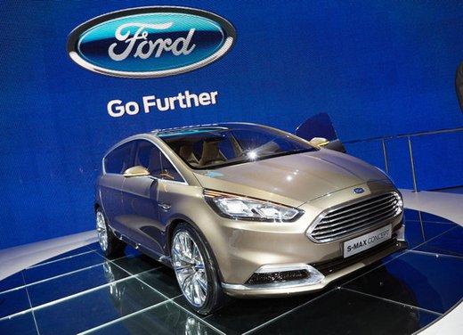 Ford S-Max Concept - Foto 8 di 17