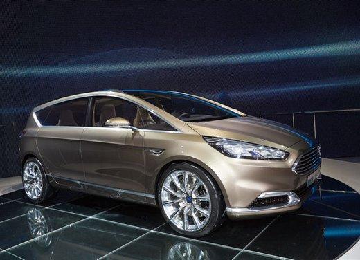 Ford S-Max Concept - Foto 3 di 17