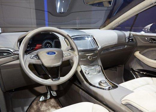 Ford S-Max Concept - Foto 13 di 17