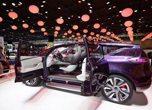 Renault Initiale Paris Concept - Foto 2 di 11