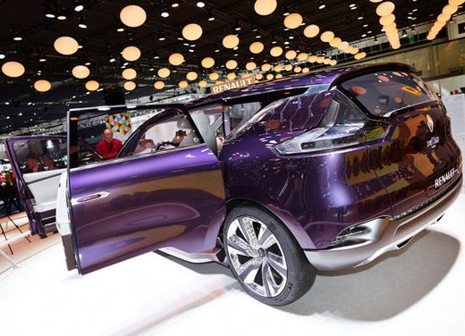 Renault Initiale Paris Concept - Foto 3 di 11