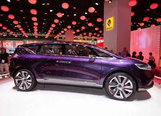 Renault Initiale Paris Concept - Foto 7 di 11