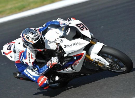 SBK 2013 Germania al Nurburgring doppio incidente in Gara 1 e 2, Tom Sykes primo in classifica - Foto 22 di 23