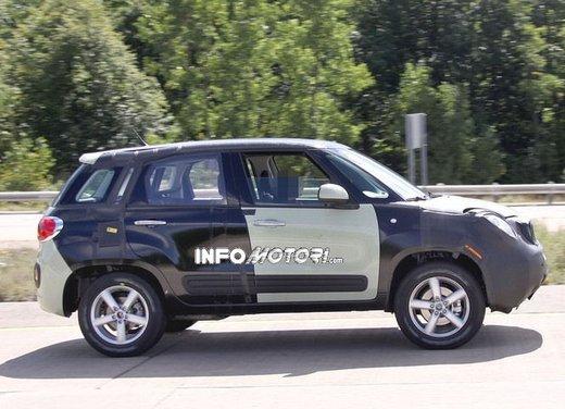 Fiat Jeep baby SUV foto spia della nuova piattaforma compatta - Foto 11 di 16