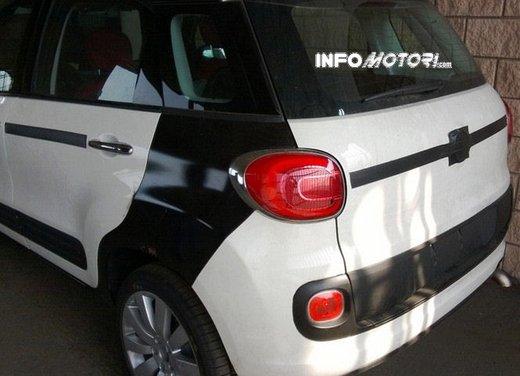 Fiat Jeep baby SUV foto spia della nuova piattaforma compatta - Foto 4 di 16