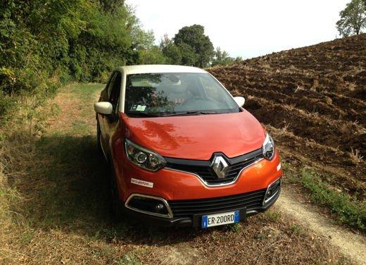 Renault Captur Long Test Drive - Foto 12 di 20