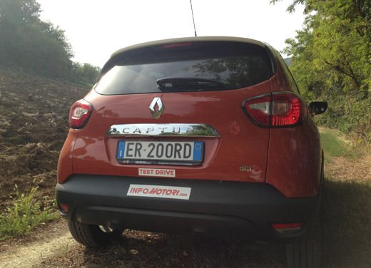 Renault Captur Long Test Drive - Foto 15 di 20