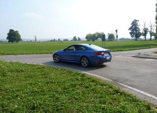 BMW Serie 4 Coupè, prova su strada della nuova BMW Serie 3 Coupè che diventa Serie 4 Coupè - Foto 22 di 26