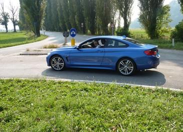 BMW Serie 4 Coupè, prova su strada della nuova BMW Serie 3 Coupè che diventa Serie 4 Coupè - Foto 23 di 26