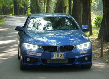 BMW Serie 4 Coupè, prova su strada della nuova BMW Serie 3 Coupè che diventa Serie 4 Coupè - Foto 11 di 26