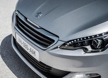 Nuova Peugeot 308: boom di ordini in Europa - Foto 12 di 18