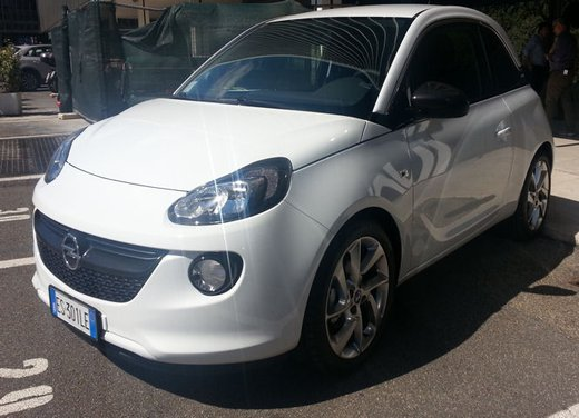 Opel Adam GPL Tech - Foto 4 di 10
