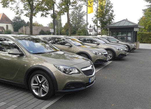 Opel Insignia Cross Tourer test drive - Foto 1 di 16