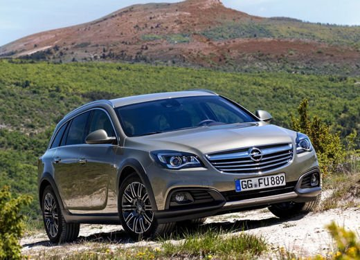 Opel Insignia Cross Tourer test drive - Foto 4 di 16