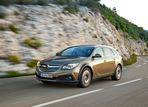 Opel Insignia Cross Tourer test drive - Foto 7 di 16