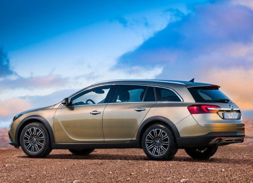 Opel Insignia Cross Tourer test drive - Foto 12 di 16