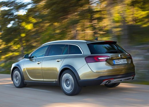 Opel Insignia Cross Tourer test drive - Foto 13 di 16