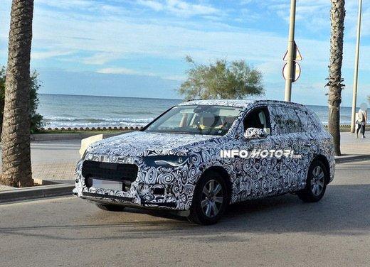 Audi Q7 nuove foto spia - Foto 2 di 9