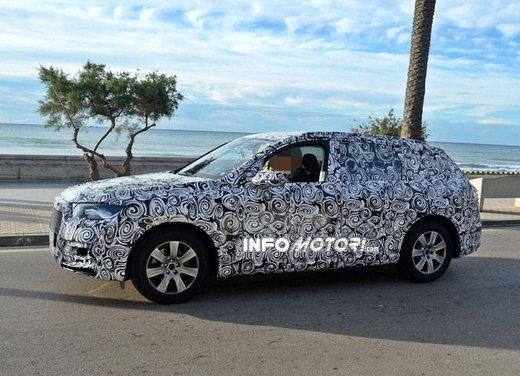 Audi Q7 nuove foto spia - Foto 4 di 9