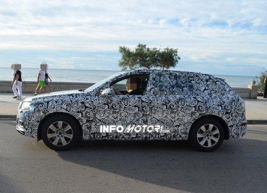 Audi Q7 nuove foto spia - Foto 5 di 9