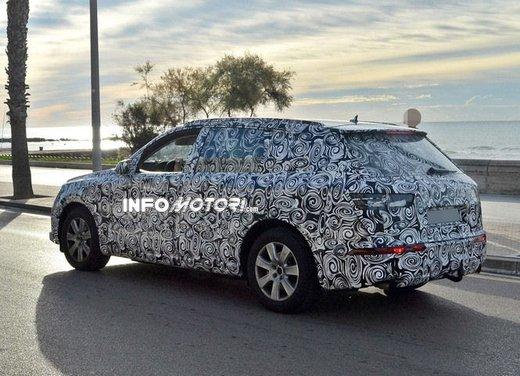 Audi Q7 nuove foto spia - Foto 8 di 9