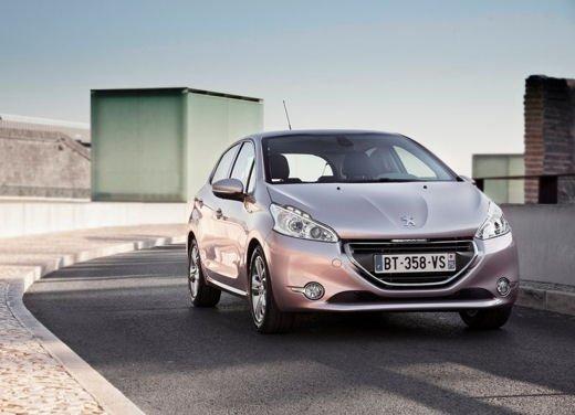 Peugeot 208 al prezzo di 9.950 euro per tutto il mese di ottobre - Foto 13 di 13