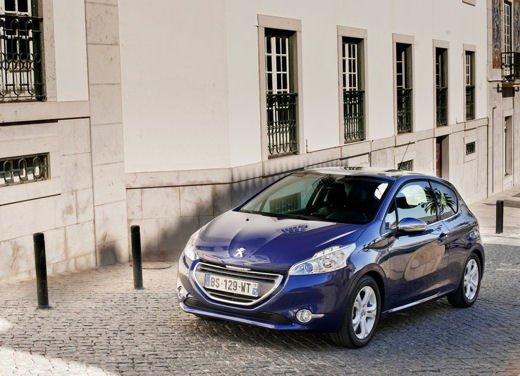 Peugeot 208 al prezzo di 9.950 euro per tutto il mese di ottobre - Foto 1 di 13